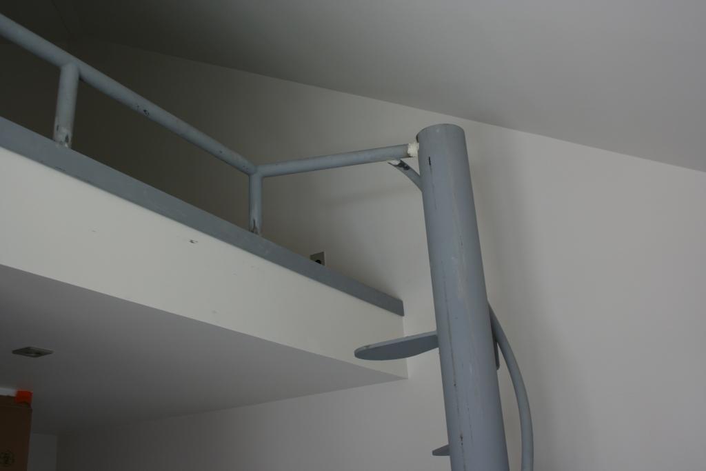 Escalier h lico dal la fleur du design ehi escalier h lico dal industriel - Comment realiser une tremie d escalier ...