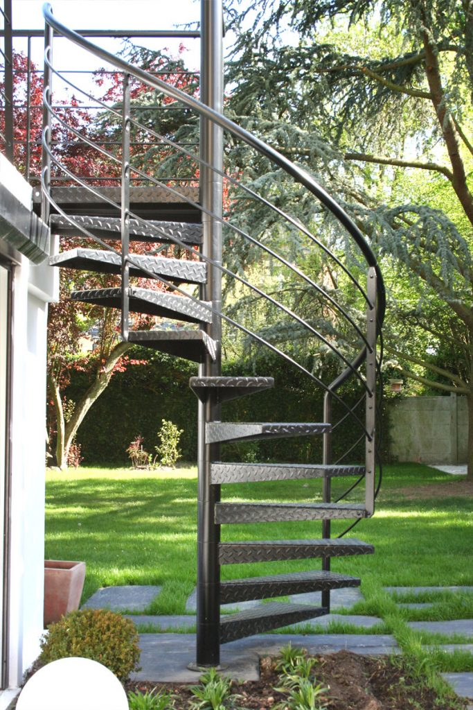 escalier-exterieur-jardin