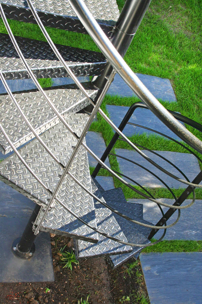 Escalier Exterieur De La Terrasse Au Jardin Ehi Escalier