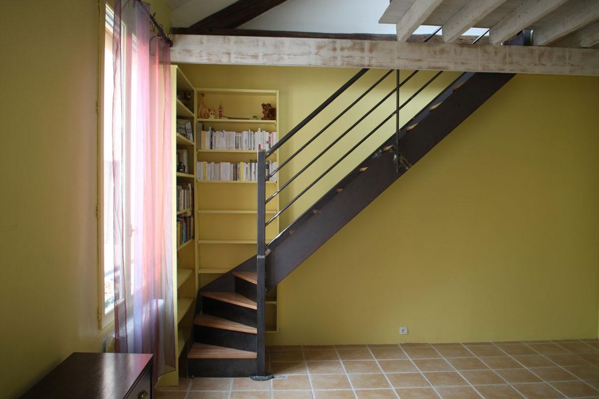 les formes ehi escalier h lico dal industriel. Black Bedroom Furniture Sets. Home Design Ideas