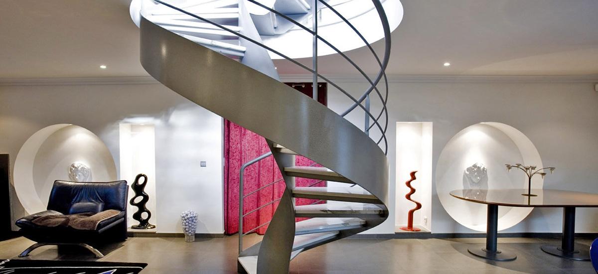 Escalier hélicoïdal sans fût central