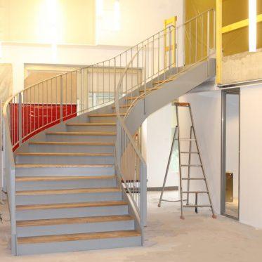 D terminer le giron pour un escalier tournant ehi for Largeur escalier exterieur