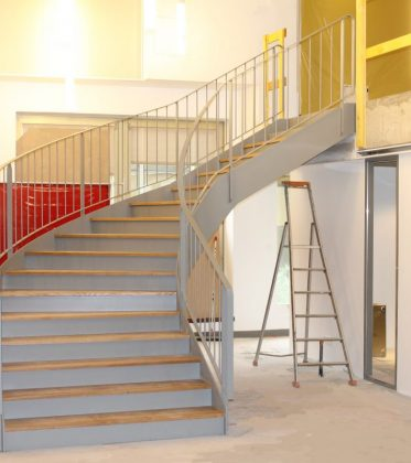 ehi escalier h lico dal industriel escaliers m talliques sur mesure. Black Bedroom Furniture Sets. Home Design Ideas