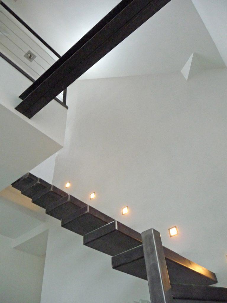 escalier marches en console un blog sur les escaliers. Black Bedroom Furniture Sets. Home Design Ideas