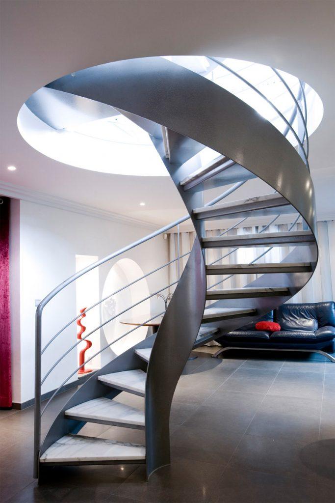escalier helicoidal sans fut central