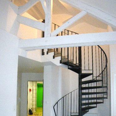 Escalier hélicoïdal à sortie droite